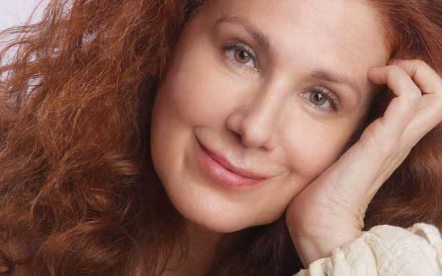 Portrait of Suzie Plakson